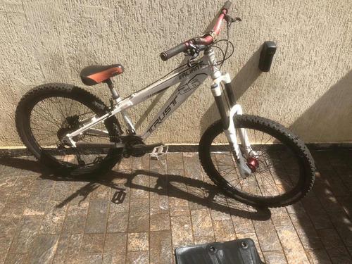 Bicicleta Trust