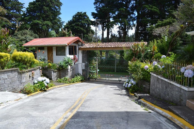 Se Alquila Casa En Residencial El Castillo, Heredia