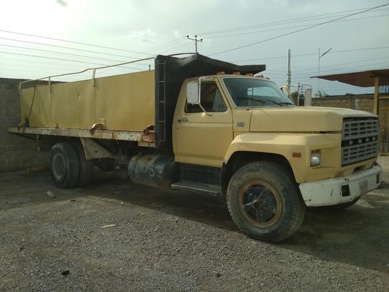 Camion Ford F-750 1981 Amarillo Estaca Carga Con Tanque