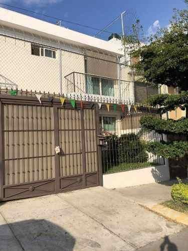 Excelente Residencia En Venta En Colonia Providencia En Guadalalajara Remodelada