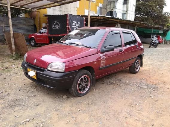 Renault Clio Rn Motor 1.4 1997 Rojo 5 Puertas