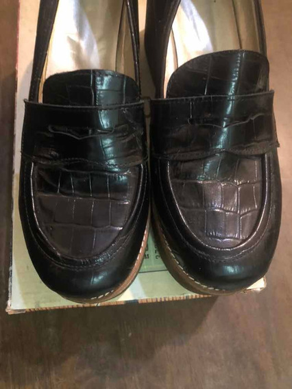 Zapatos De Mujer Tipo Mocasines De Vestir. Impecables