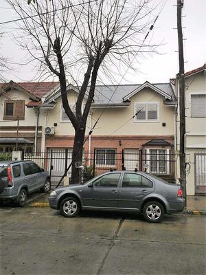 Exc.casa 4 Ambientes Con Fondo, Piscina Y Quincho,parrilla