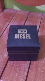 Relógio Diesel Banhado A Ouro Com Detalhes Em Ouro Mfloresce