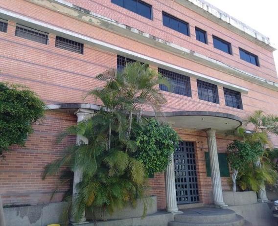 Galpon La Yaguara Mls#20-3749 - 0414 1106618 @rentahouse.ccs