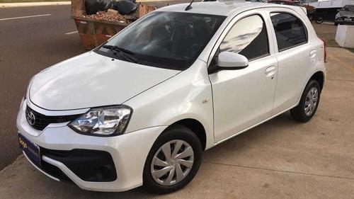 Toyota Etios Hb X 13l At