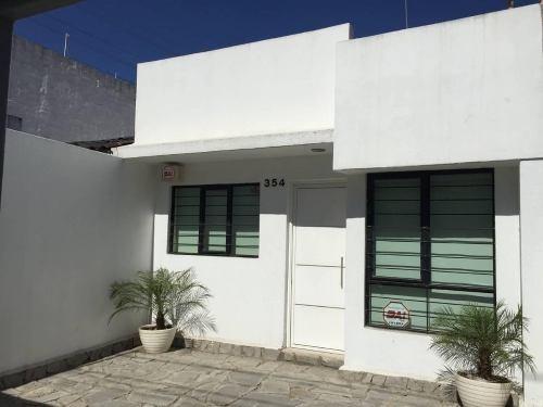 Casa 1 Planta Remodelada Exclusivamente Para Oficinas