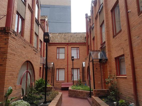 Casa En Venta Bogotá Usaquén Cedritos 99mt