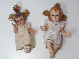 Vestidos Para Niño Jesús Hechos A Mano Con Cordones De Pepas