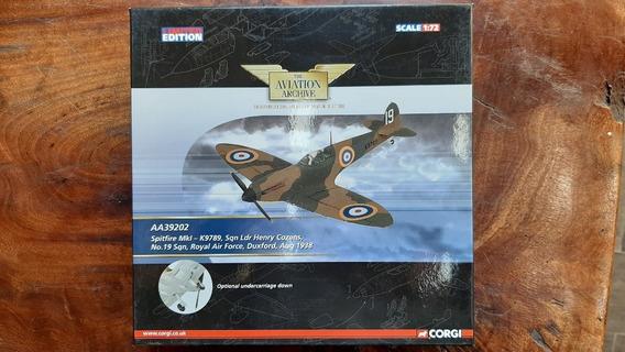 Avião Die Cast 1:72 Spitfire Mk1 Aa39202 - Corgi -
