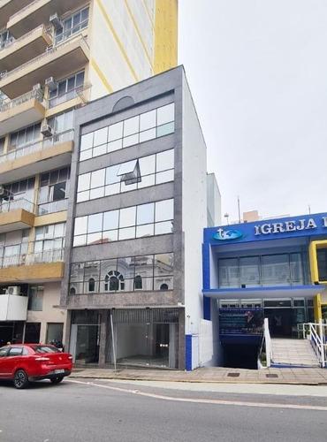 Imagem 1 de 12 de Sala Comercial De 48 M² No  Centro - Florianópolis/sc - Sa0783