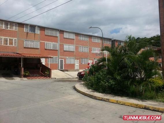 Cc Townhouses En Venta Mel Mls #16-13426