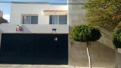 Casa 4 Recamaras Lomas 4a Seccion, 2.5 B, 2 Autos