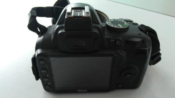 Nikon D3000 (somente Corpo)