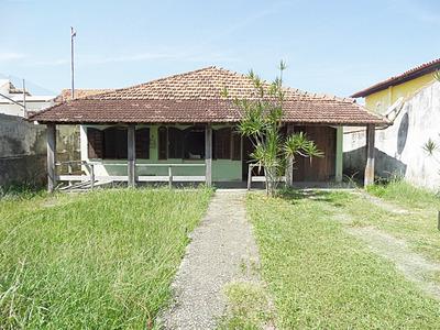 Ponta Negra-maricá,casa C/4 Qtos, Indo A Praia A Pé.