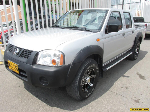 Nissan D-22 Np300 Full Equipo