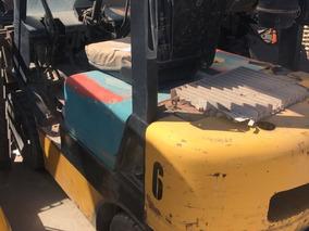 Autoelevador Komatsu Y Tailift 1500 Kg T. Triple Y Desplazad