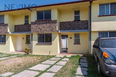 Casa Nueva A La Venta En Tlaxomuco, Toluca