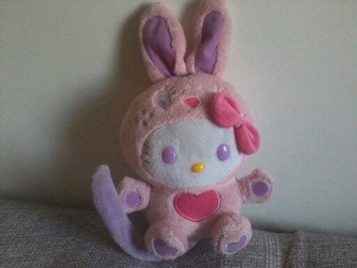 Boneca De Pelúcia Hello Kitty Rindo Á Toa Ri E Gira
