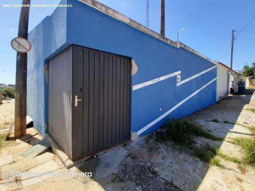 Casa Para Venda Em Tatuí, Vila Doutor Laurindo, 2 Dormitórios, 2 Banheiros, 2 Vagas - 529_1-1376107