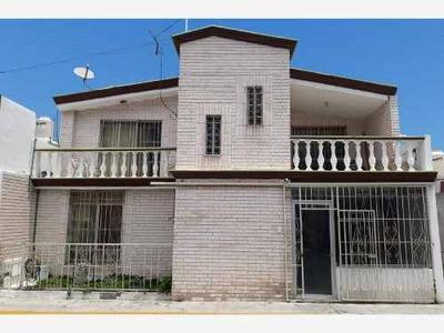 Casa En Venta En Guanajuato, Saltillo