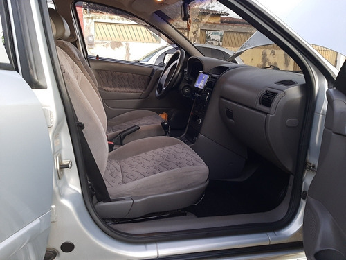Gm  Gm Astra Sedan