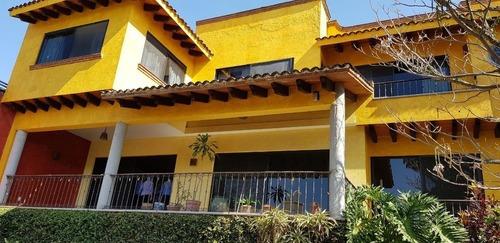 Casa Sola En Jardines De Delicias / Cuernavaca - Gsi-772-cs