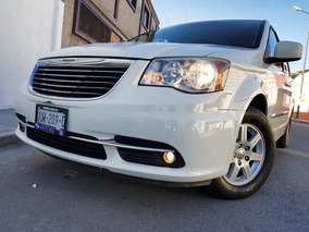 Chrysler Town & Country 2013 Touring Premium Posible Cambio