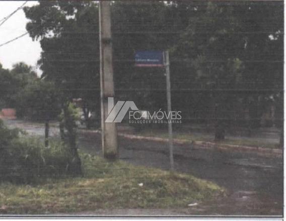 Rua Jk Esq Com Avenida Lázaro Moreira, Santa Vitória, Santa Vitória - 295902