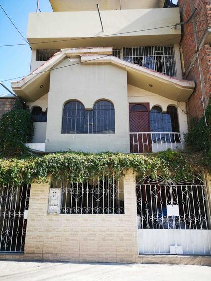 Se Vende Hermosa Casa En Mariano Melgar