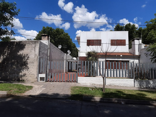 Casa Centrica, Colon