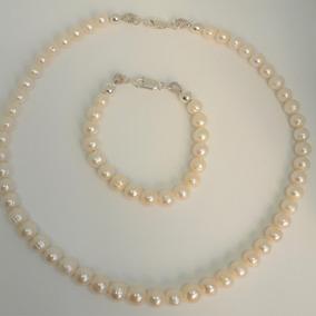 88029cb4caae Collar De Perlas Cultivadas Con Broche De Plata Y Perla - Joyas y ...