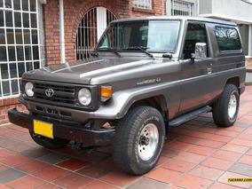 Toyota Land Cruiser . 2003