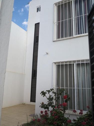 Imagen 1 de 10 de Casa En Condominio Sta Cruz Xoxoconatlan Oaxaca Gjs