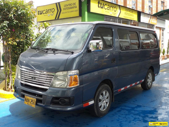 Nissan Urvan 3.0 12 Pasajeros