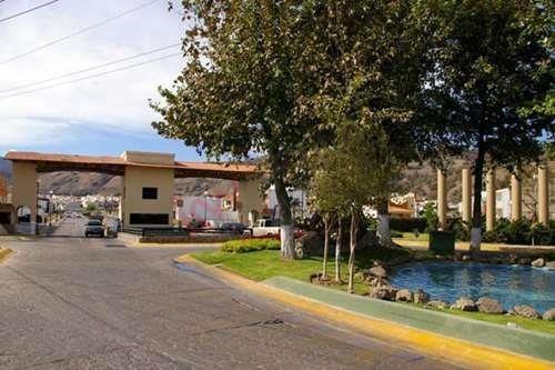 ¡casa En Venta En Fracc. Bosques De Santa Anita! (alta Plusvalía En La Zona)