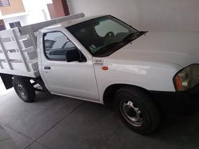 Nissan Np300 2.4 Chasis Mt