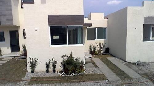 Casa De Una Planta Tres Recamaras