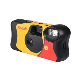 Câmera Fotográfica Descartável Kodak Funsaver Com Filme