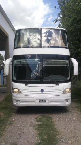 Omnibus Mercedes Benz O400.