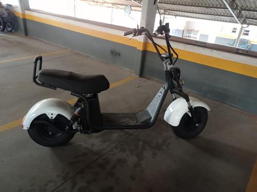 Imagem 1 de 4 de Motoneta Patinete Modelo Scooters