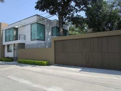 Casa En Venta En Fraccionamiento En Analco Con Vigilancia.