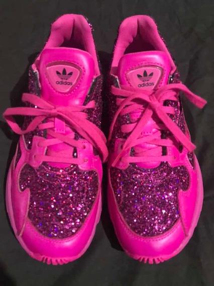 Tênis adidas Rosa Com Brilho Super Estiloso