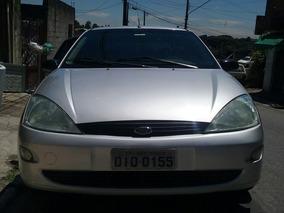 Ford Focus Sedan 2.0 4p 2002