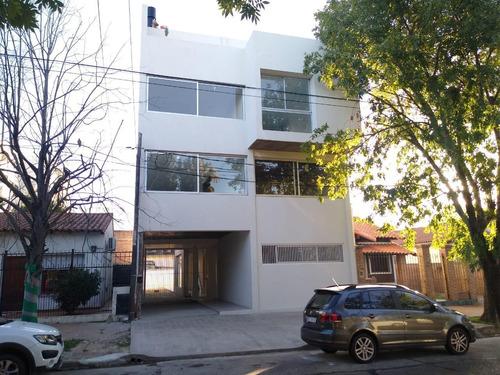 Departamento En La Plata - Calle 30 E/ 44 Y 45 - Dacal Bienes Raices