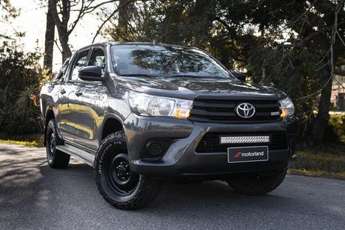 Toyota Hilux Dx 4x4 2.7 2017 - Motorland Permuto / Financio