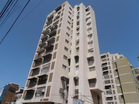 Apartamento En Venta Centro Maracay Zp20-4878