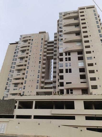 Saidy Rodríguez Vende Apartamento En Iceberg Mañongo Foa-693