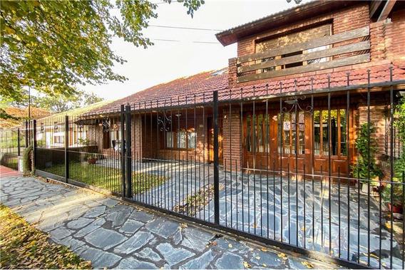 Casa 6 Ambientes Parque Luro Cochera