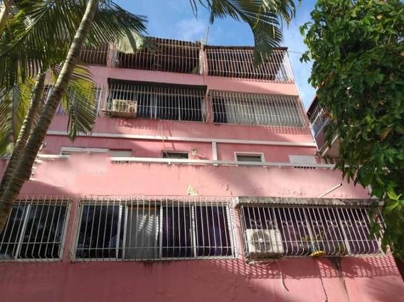 Apartamento En Venta Almarriera Cabudare 20-1883 Mf